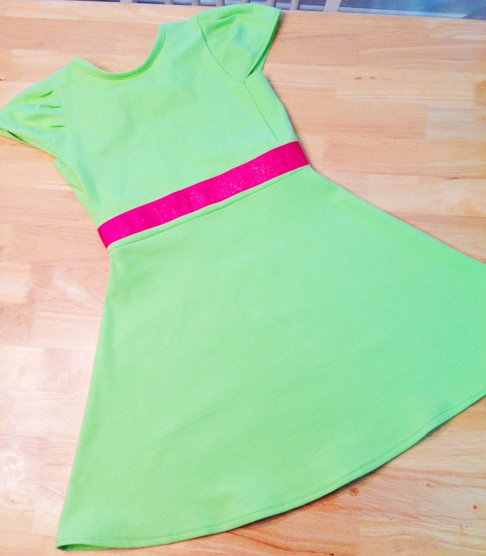 DIY Lime green play dress with hot pink waistband